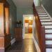Renigung der Treppe